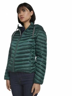 000000 703527 [hooded light] 10771 Dark Pine